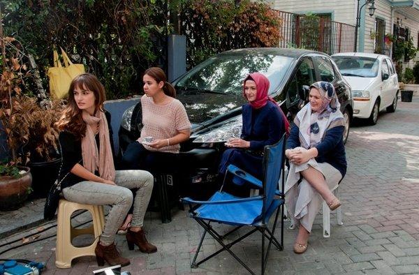 Huzur Sokağı'nın setinden fotoğraflar