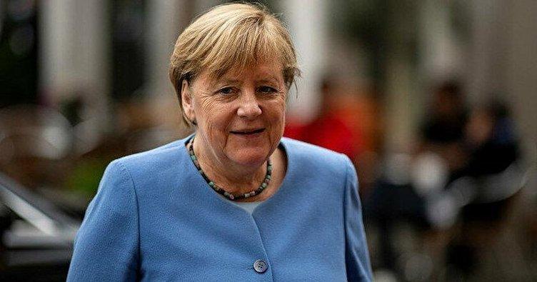 Merkel: Türkiye merkezi rol oynuyor
