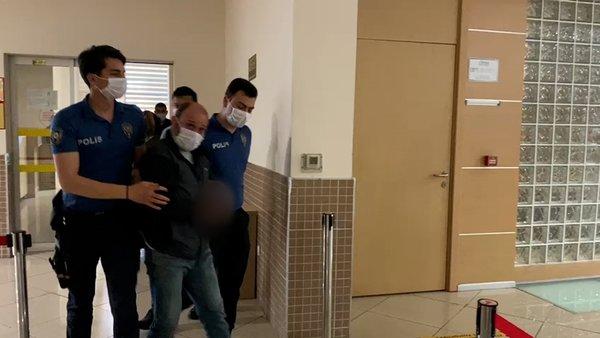 SON DAKİKA: Kripto para dolandırıcısı Thodex şüphelisinden gazetecilere terbiyesiz el hareketi