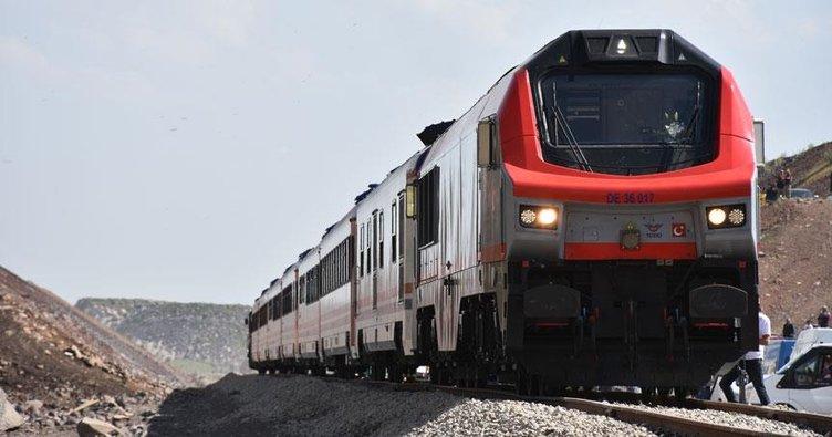 BTK demiryolu hattında ilk resmi sefer 30 Ekim'de!