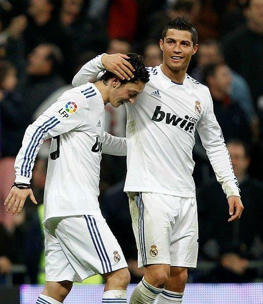 Son dakika transfer haberi... Mesut Özil için Juventus iddiası! Yıllar sonra Ronaldo'yla buluşuyor