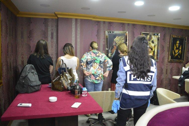 İstanbul'da kafeye kumar operasyonu!