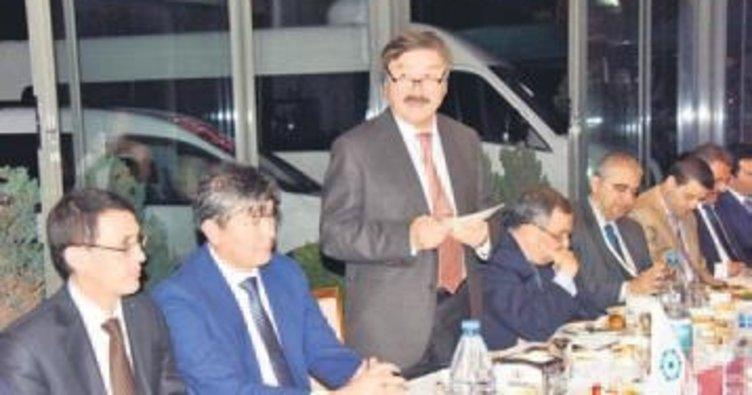 Türki Cumhuriyetler büyükelçilerine iftar