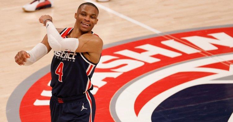 NBA'de Russell Westbrook'tan 14 sayı, 24 asist, 21 ribauntluk performans