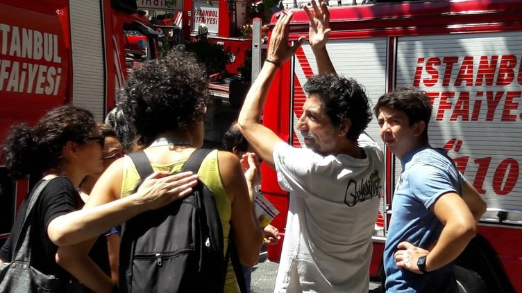 Mustafa Uğurlu'nun evinde yangın çıktı