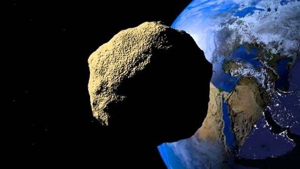 NASA tarih verdi: Dünyaya doğru geliyor!