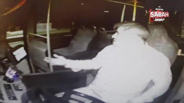 Otobüste maske tartışması kavgayla sonuçlandı | Video