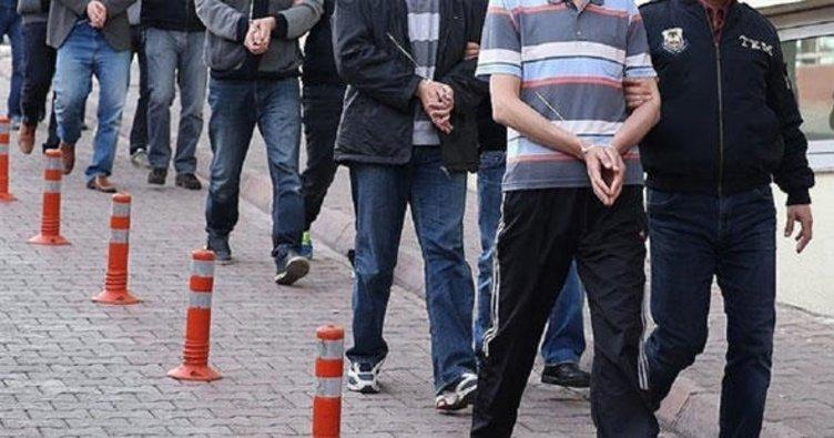 İzmir'deki terör operasyonunda 12 kişiye gözaltı