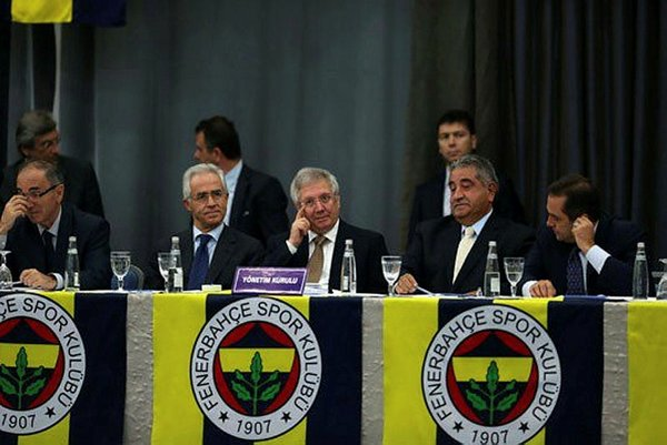 Fenerbahçe'ye Şampiyonlar Ligi şoku!