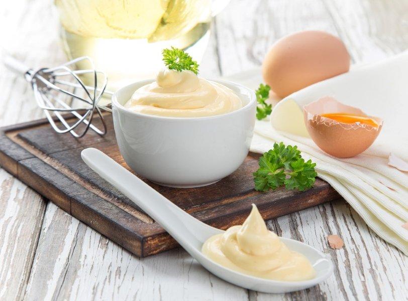 Evde mayonez yapımı