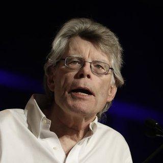 Stephen King'den Kongre üyesine silah tepkisi