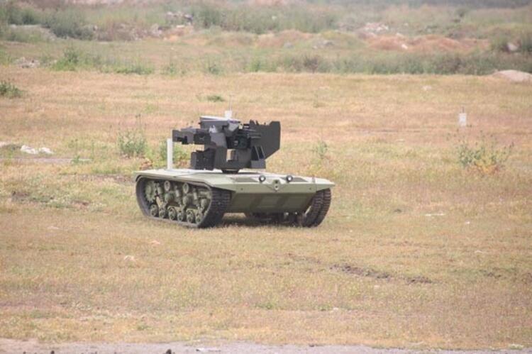 """Muadillerinden üstün yerli ve milli """"Silahlı insansız mini tank""""ın ..."""