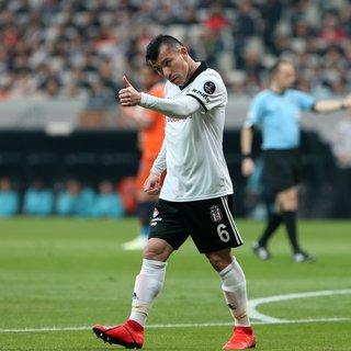 Gary Medel'den Beşiktaş'a kötü haber! Resmi açıklama geldi