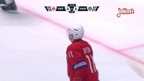 Putin, Buz Hokeyi maçında 8 sayı birden atarak şov yaptı   Video