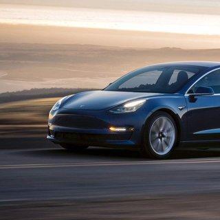 Tesla o araç üretimine ara veriyor