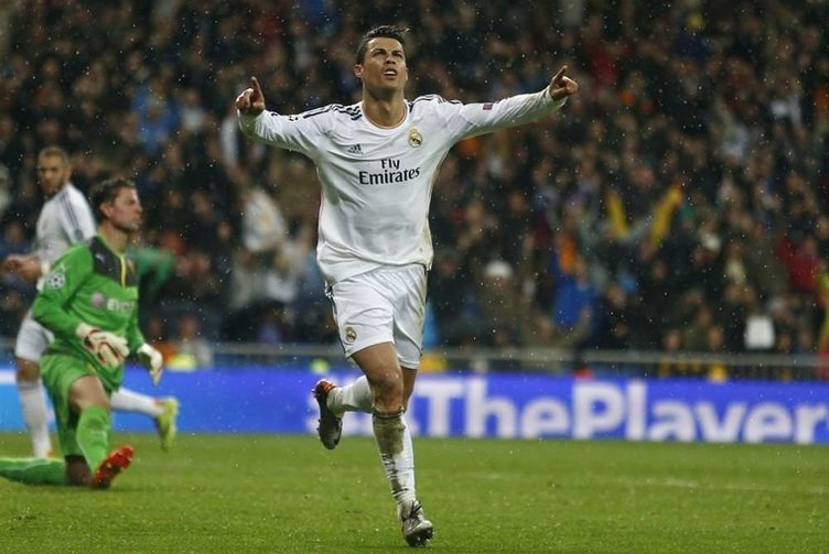 UEFA yılın 'en'lerini seçti