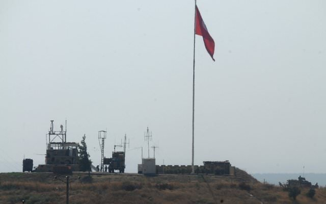 Kara kuvvetleri komutanı Suriye sınırında!