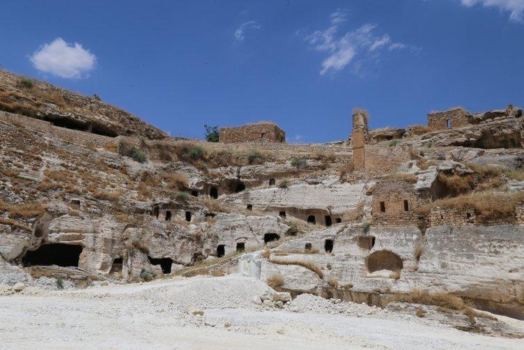 Tarihi Hasankeyf Kalesi'ne tekneyle ulaşılacak