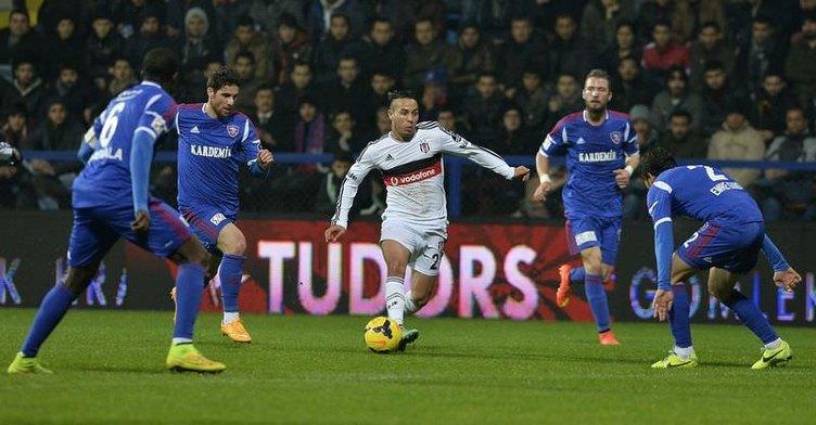 Karabükspor - Beşiktaş maçının fotoğrafları