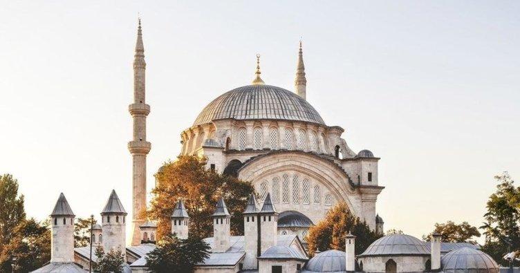 İzmir'de bayram namazı saat kaçta kılınacak? Diyanet ile 2020 İzmir Ramazan Bayram namazı vakti!