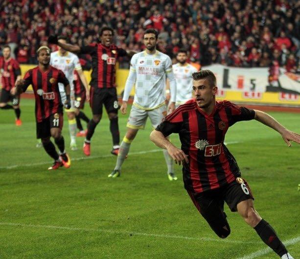 Galatasaray ilk transferini yaptı: Dorukhan Toköz!
