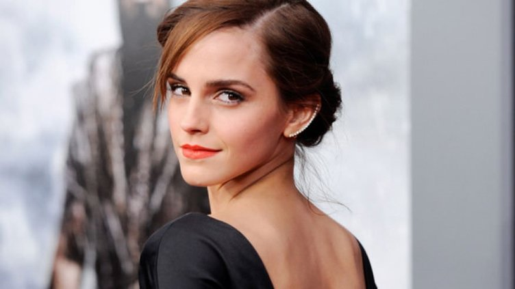 Emma Watson saçlarını kestirdi