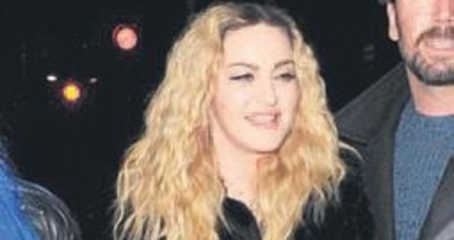 Madonna ile Elba âşık mı?