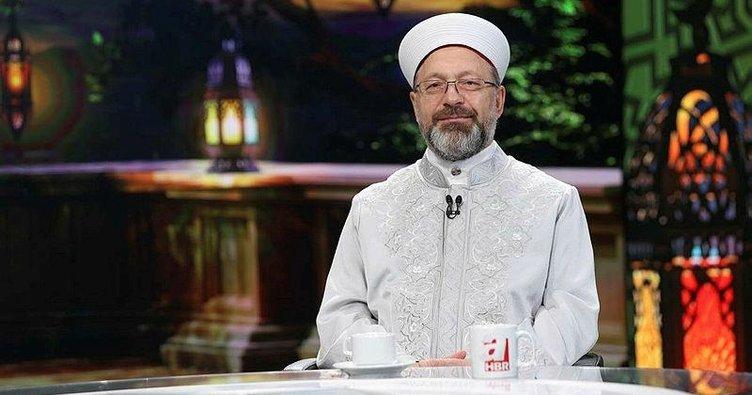 Ali Erbaş: Yatsı ezanının ardından minarelerimizden tekbirler ve dualar yükselecek