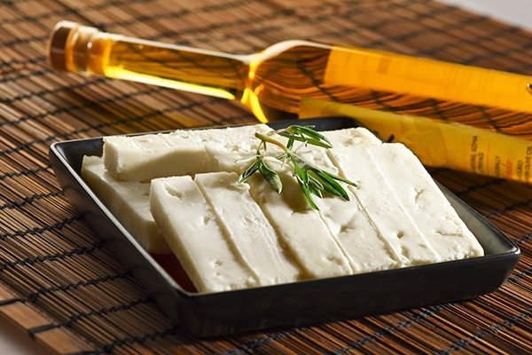 Peynir cildi güzelleştiriyor