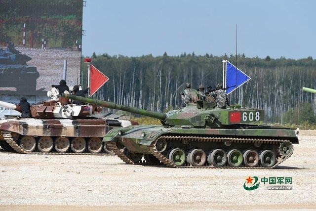 Tanklar yarıştı!