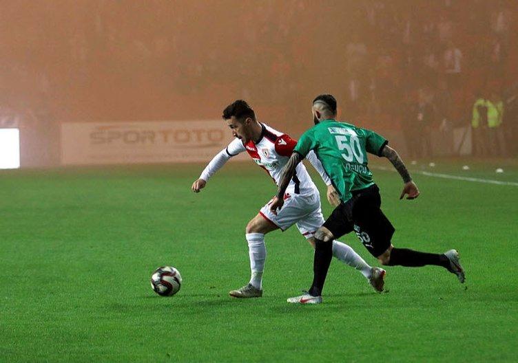 TFF 2. Lig Play-Off Yarı Finalleri belli oldu! Sakaryaspor...