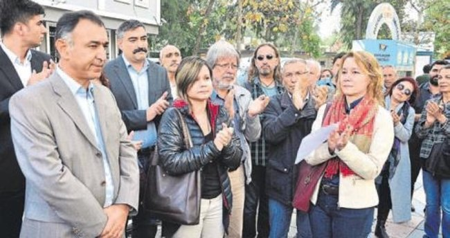 Başkana 'görev' protestosu