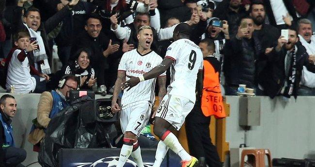 Beşiktaş Napoli maçı kaç kaç bitti? Maçın tekrarı hangi kanalda?