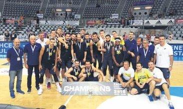 Fenerbahçe, CSKA'yı devirdi, şampiyon oldu