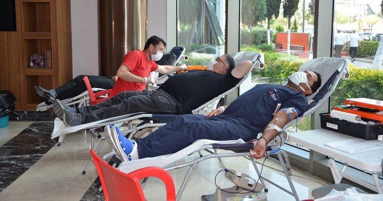 Kan bağışına hasta yakınlarından da destek