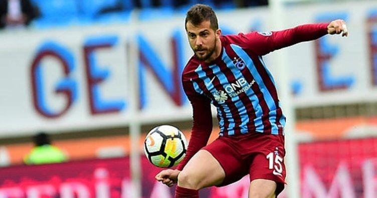 Atiker Konyaspor, Uğur Demirok ile anlaştı