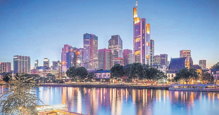 Yoksa siz Frankfurt'u bankalar şehri mi sandınız!