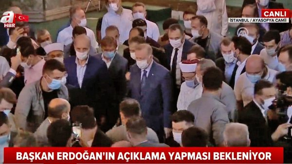 Son Dakika | Cumhurbaşkanı Erdoğan'a Ayasofya Camii'de sevgi seli | Video