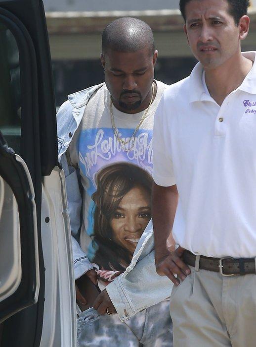 Kim Kardashian ve Kanye West Malibu'da