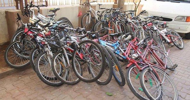 Adıyaman'da, 2 kişi çalıntı 53 bisikletle yakalandı