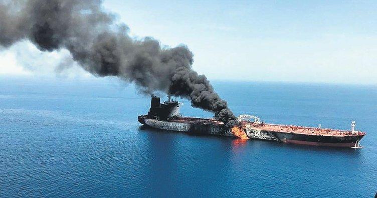 Japon petrol tankerlerinde patlama