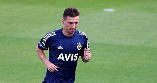 Fenerbahçeli Mert Hakan Yandaş Galatasaraylı yönetici Şükrü Hanedar hakkında suç duyurusunda bulundu