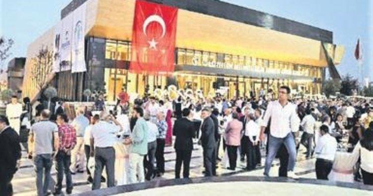 Denizli'ye 'ödüllü kültür merkezi