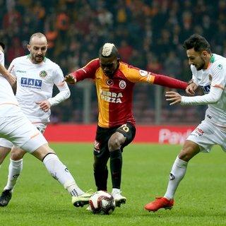 Galatasaray'da kalmak istiyorum