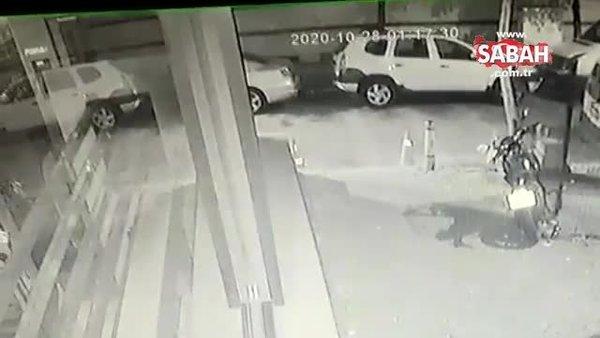 Böyle çalmaya çalıştılar... Komşu ihbarıyla suçüstü yakalandılar... | Video