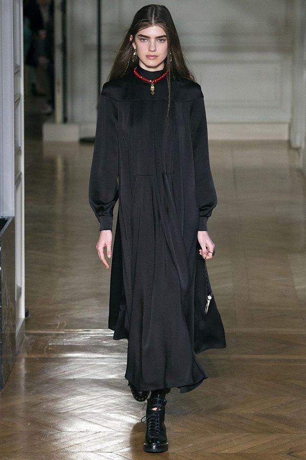 Tüm zamanların en romantik modası İpek, her daim trend