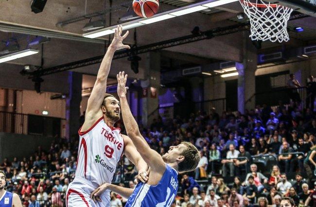 A Milli Erkek Basketbol Takımı, Super Cupta şampiyon oldu 95