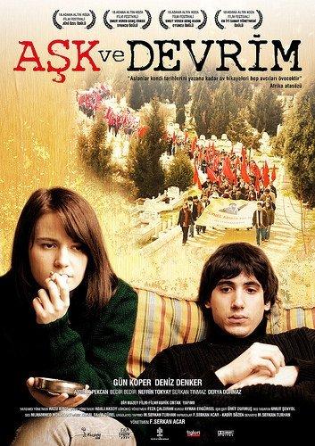 Aşk ve Devrim filminden kareler