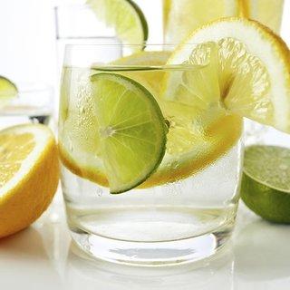 Limon suyunun iyi geldiği 13 hastalık