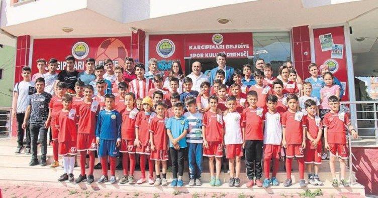 Kaymakam Kula'dan şampiyonlara ziyaret